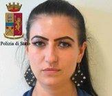 Dagli accertamenti successivi emergeva come i due fermati, Angelescu Ionut Dragos e Piriianu Alina, conviventi rumeni di 32 e 25 anni, residenti in ... - 23093260