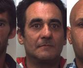 Si tratta di Antonio Cacciapaglia e Rosario Mario Belluardo, entrambi di Vittoria e rispettivamente di 47 e 49 anni, e il tunisino Taoufik Abbes, ... - 22844758